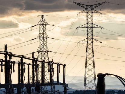 Central eléctrica de alta tensión de Valencia.