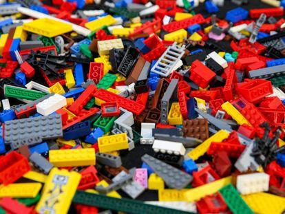 Piezas de Lego en la London Model Engineering Exhibition en Alexandra Palace, en el norte de Londres