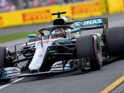 Lewis Hamilton en el circuito Albert Park en el GP de Australia