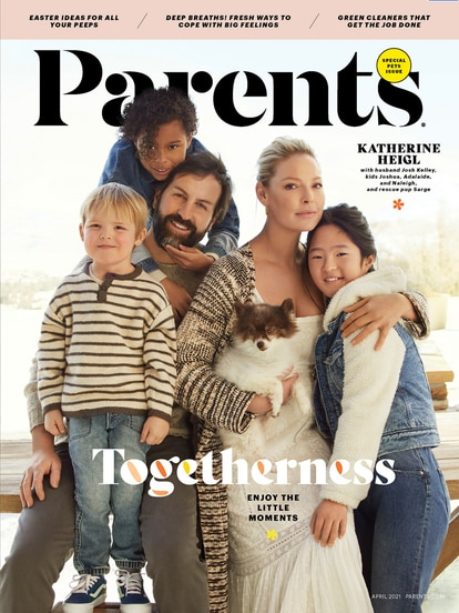 Katherine Heigl y su familia en la portada de la revista 'Parents'.