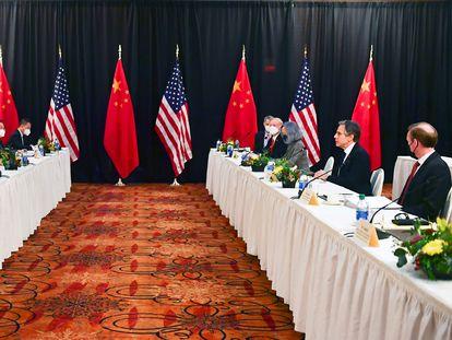 Encuentro bilateral entre Estados Unidos y China celebrada en Anchorage, Alaska.