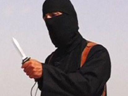 El verdugo de Foley, en la captura del vídeo de la ejecución difundido por los yihadistas.