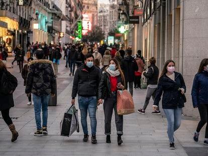 Aspecto de la madrileña calle comercial Preciados, el pasado martes.