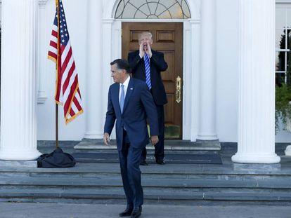 Donald Trump despide a gritos a Mitt Romney