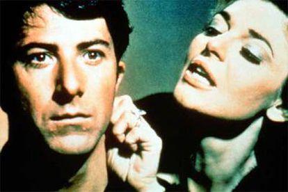 Dustin Hoffman y Anne Bancroft, en una imagen de <i>El graduado</i>.