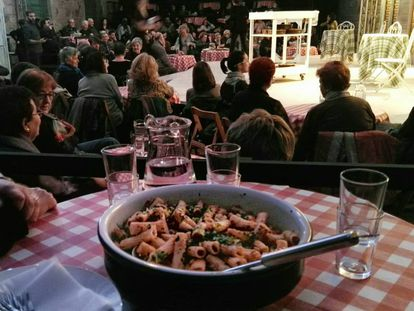 Uno de los platos de pasta servidos el lunes en el ensayo de 'L'hostelera' de Carlo Goldoni.