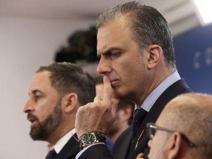 El secretario general de Vox aseguró que las jóvenes fusiladas por Franco  torturaban, asesinaban y violaban