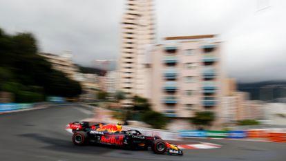El monoplaza de Checo Pérez durante el Gran Premio de Mónaco.