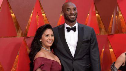 Vanessa y Kobe Bryant, en los premios Oscar en Los Ángeles en 2018.