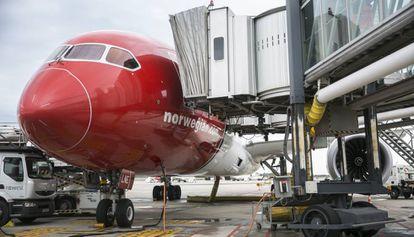 Inauguración del primer vuelo de Barcelona a Los Angeles de Norwegian.
