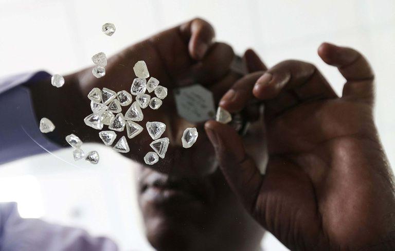 Diamantes sin tallar en Botswana.