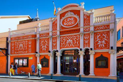 El cine Doré de Madrid fue construido en 1912, pero su actual configuración corresponde a 1923. Hoy alberga los cines de la Filmoteca Española.