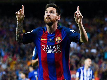 Messi celebra un gol en la final de Copa entre Barça y Alavés.