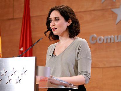 Fotografía facilitada por la Comunidad de Madrid de su presidenta, Isabel Díaz Ayuso, en una comparecencia este miércoles para hablar de la situación ante el avance del coronavirus