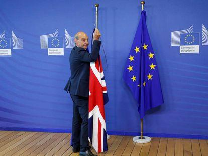 La bandera británica, en la sede de la UE en Bruselas.