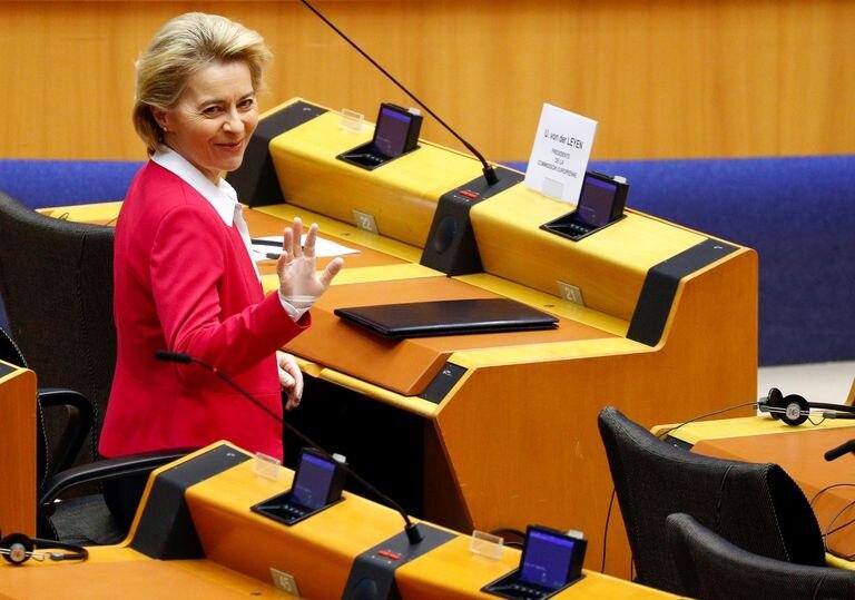 La presidenta de la Comisión Europea, Ursula von der Leyene, en el Parlamento Europeo.
