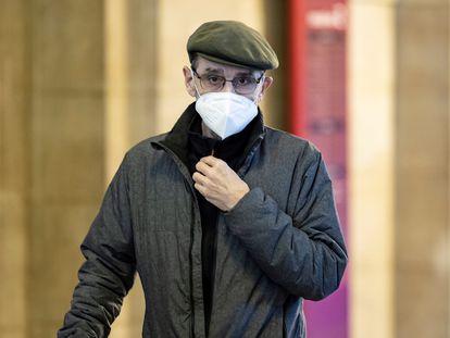 El exdirigente etarra José Antonio Urrutikoetxea Bengoechea 'Josu Ternera', durante una de sus audiencias ante el tribunal de París