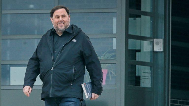El exvicepresidente de la Generalitat Oriol Junqueras, en una de sus salidas de prisión de la cárcel de Lledoners.