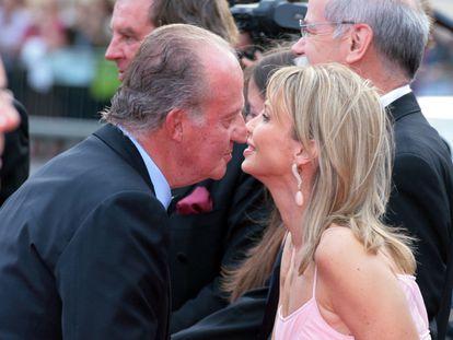 Juan Carlos I y Corinna Larsen en una fotografía de archivo de mayo del 2006.