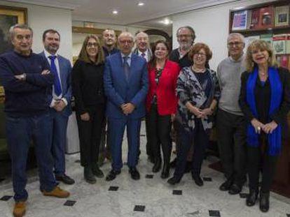 Algunos de los miembros de la candidatura encabezada por Juan Caño (en el centro).