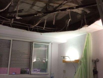 Imagen del techo en la habitación del hospital de Puertollano.
