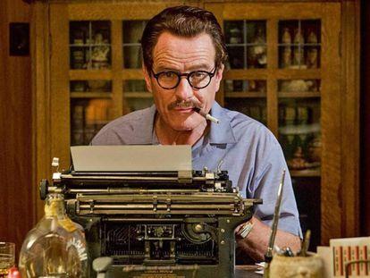 Craston en un fotograma de su nueva película, 'Trumbo'.