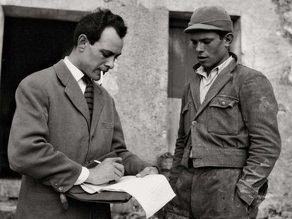 El periodista italiano Mario Francese en los años sesenta.