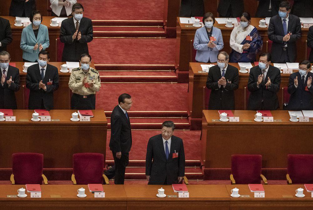 China se encara con casi todos