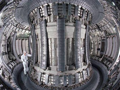 Interior del Reactor de Fusión europeo Jet, a las afueras de Oxford