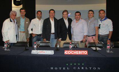 Miembros e invitados por el Club Cocherito de Bilbao