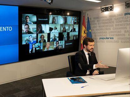 El presidente del Partido Popular, Pablo Casado, el pasado viernes, durante la videoconferencia con la comisión de seguimiento de la Covid-19 del PP.