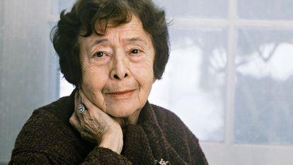 Un retrato de la escritora Nina Berberova, en enero de 1988.