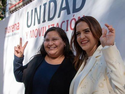 Clara Luz Flores con la senadora Citlalli Hernández.