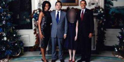 Adrian Hong Chang con la familia Obama.