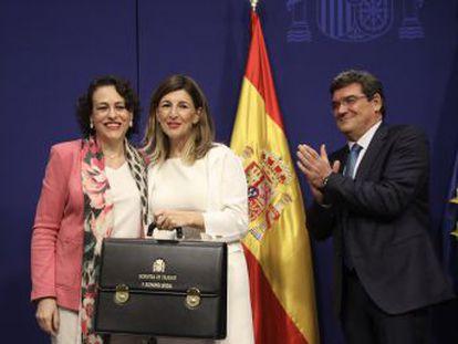 La ministra de Trabajo, Yolanda Diaz, se compromete a  derogar la reforma laboral