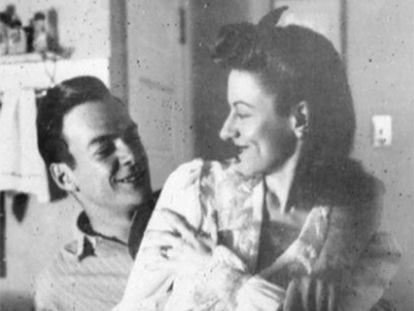 Richard Feynman y Arline Greenbaum, en la imagen del cártel de la película 'I Love My Wife'.