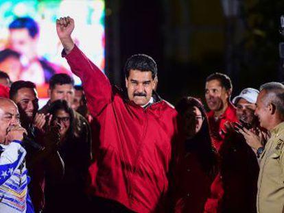 Tras el voto de la Constituyente, congela los activos en EE UU del presidente venezolano y prohíbe hacer transacciones