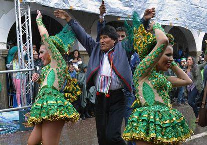 Evo Morales, durante el carnaval de Oruro.