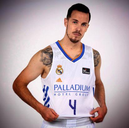 Thomas Heurtel posa en la sesión de fotos oficial de la ACB