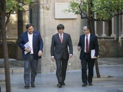 El Govern y los diputados de Junts pel Sí intentan cerrar filas en torno a la declaración de secesión