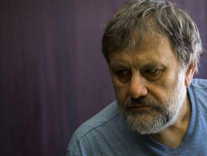 FOTO: El filósofo y crítico cultural esloveno Zizek, en Madrid. / VÍDEO: Fragmento de la charla de Zizek en el Círculo de Bellas Artes de Madrid.