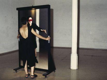Acción de Tere Recarens, 'La gallinita ciega', del 1992.