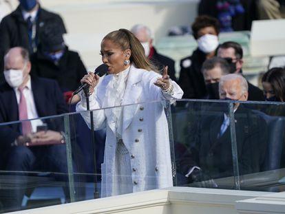 Jennifer Lopez, durante su actuación en la investidura de Joe Biden, este miércoles.
