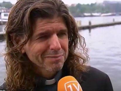 El sacerdote Pierre Valkering, en una entrevista en una televisión holandesa.