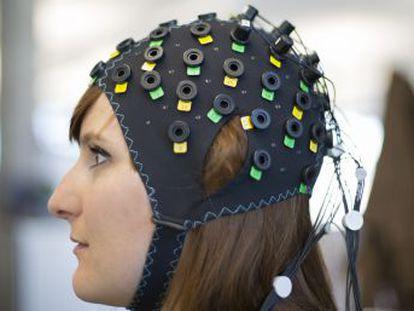 Una interfaz cerebro-máquina permite que afectados por el  síndrome de cautiverio  puedan responder preguntas