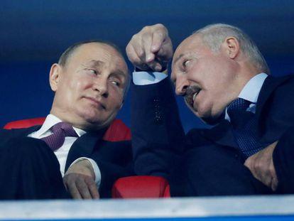 Putin y Lukashenko en un evento deportivo en Minsk, en junio de 2019.