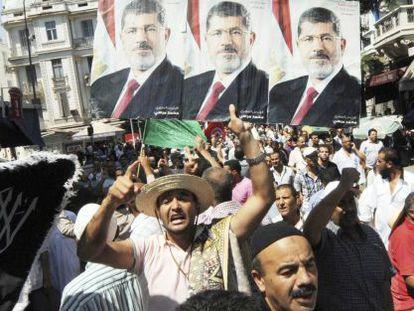 Una manifestación de simpatizantes del Ennahda contra la violencia en Egipto el 16 de agosto en la capital tunecina.
