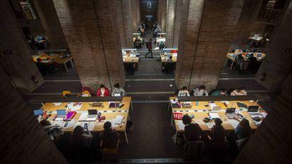 Una biblioteca de la Universidad Pompeu Fabra de Barcelona, en diciembre de 2019.