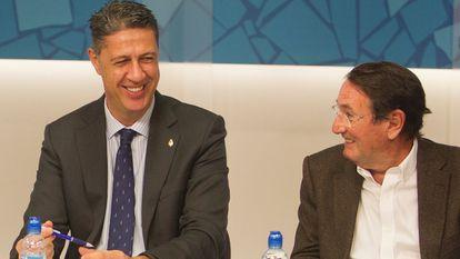 El coordinador general del partido y líder del PPC, Xavier García Albiol, y el entonces vicesecretario Territorial, Ramon Riera, durante la reunión del Comité de dirección del partido en Barcelona, en 2016.