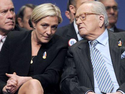 Marine Le Pen y su padre, Jean-Marie Le Pen, en una imagen de 2011.